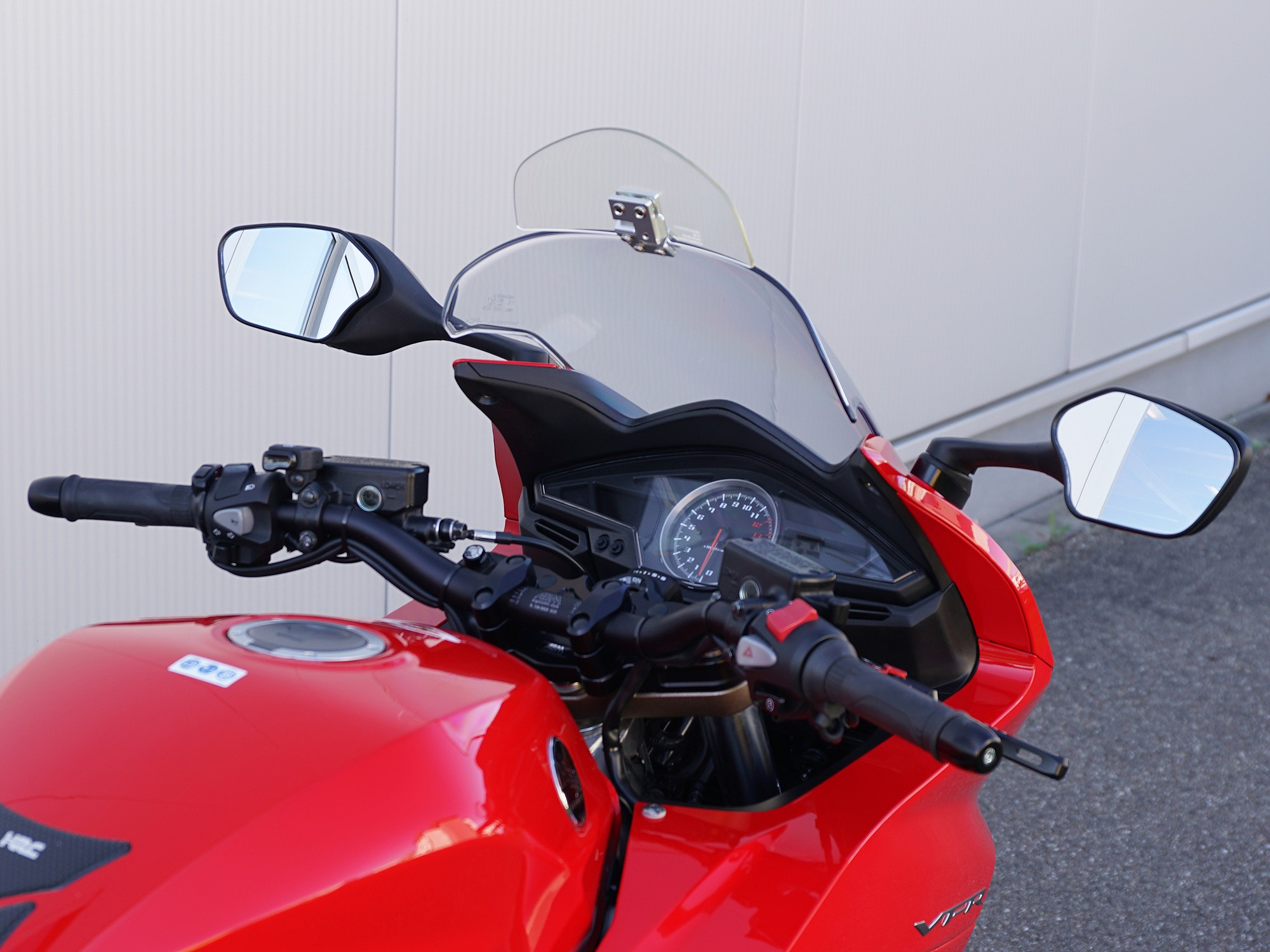Superbike handlebar conversion kit for Honda VFR 800 F | by German ABM | ab-m.de/en
