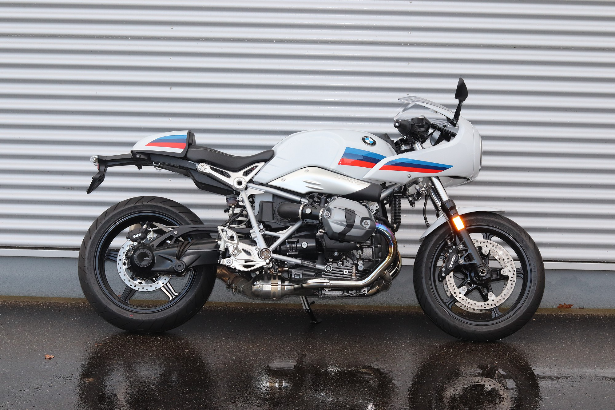 The new BMW R nineT Racer (10/2016)